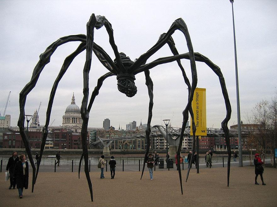 statue belle ragno londra