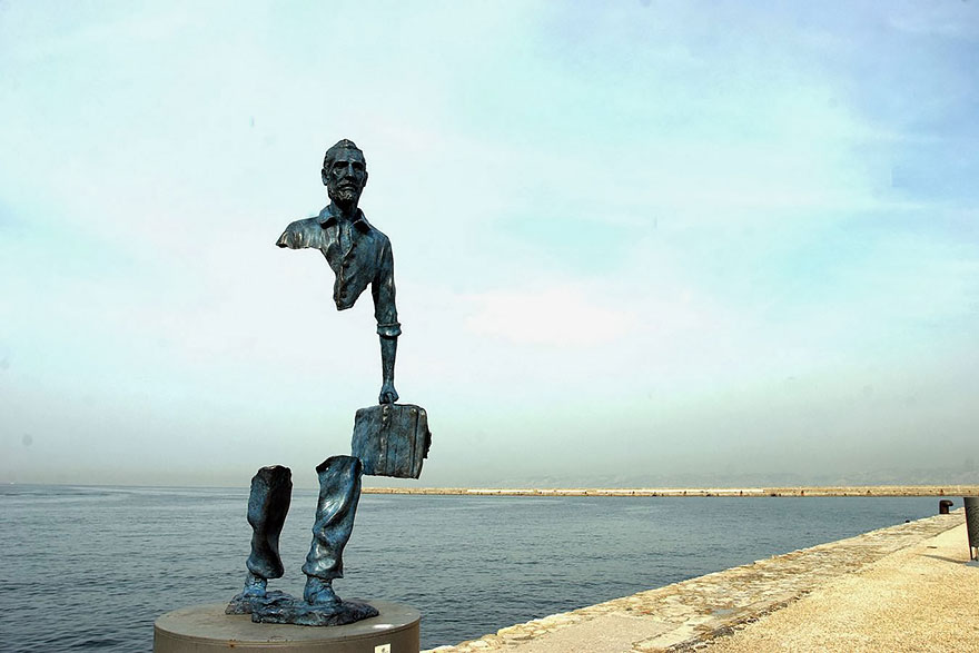 statue belle Les Voyageurs