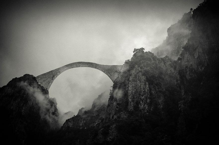 ponte montagne pindos