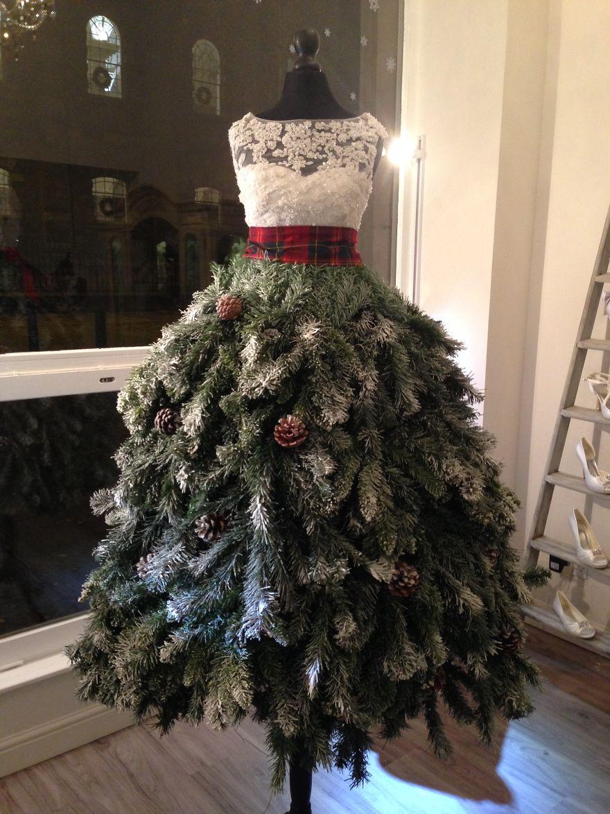 alberi di natale originali vestito da sposa
