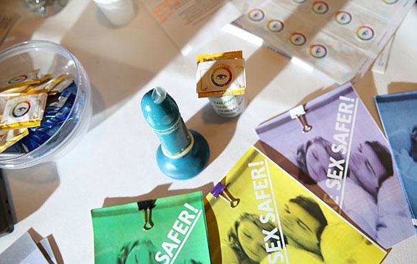 preservativo che si colora con le malattie