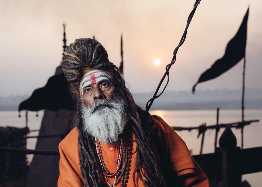 uomini sacri di varanasi Baba Biji Ana