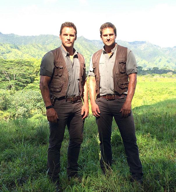Chris Pratt e controfigura sul set di Jurassic World
