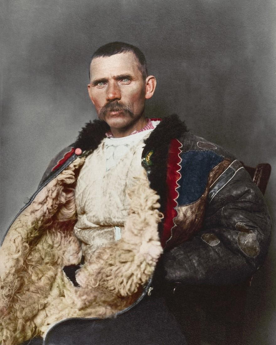 Vestiti di un pastore rumeno (1906)