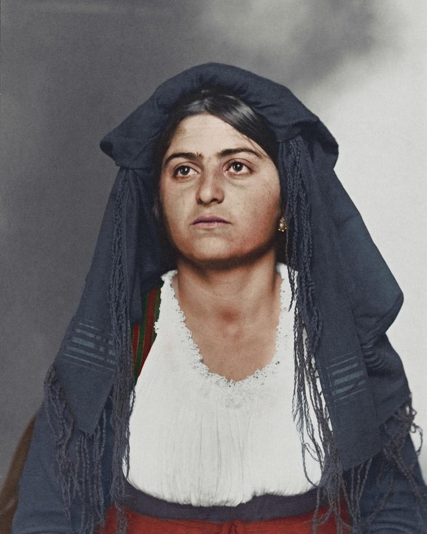 Vestiti di una donna italiana nel 1910