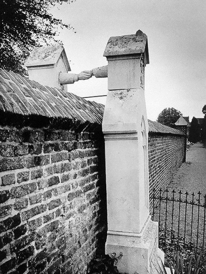 La tomba di una donna cattolica e del marito protestante, 1888