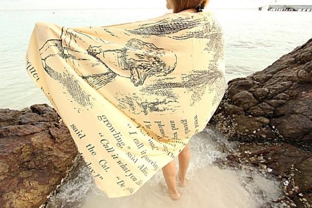 foulard Alice nel paese delle meraviglie