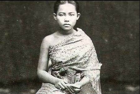 regina di thailandia, Sunanda Kumariratana