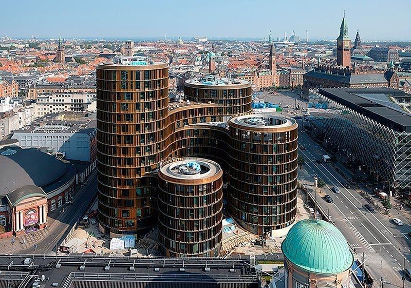 Queste torri cilindriche a Copenhagen