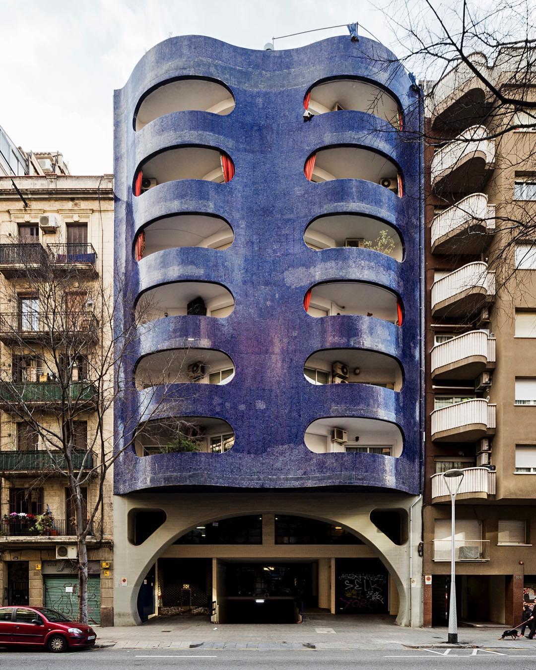 Un palazzo particolarissimo, in Spagna