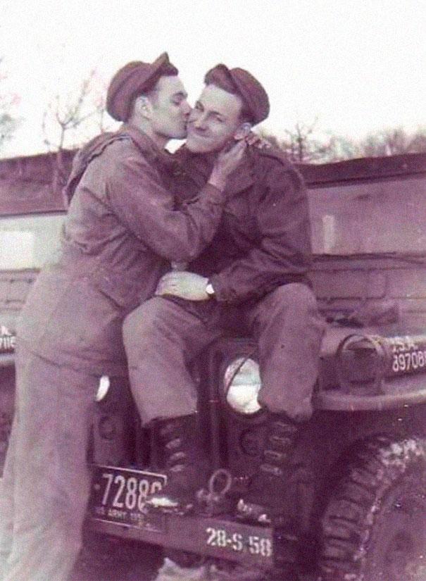 Foto vintage di coppie omosessuali