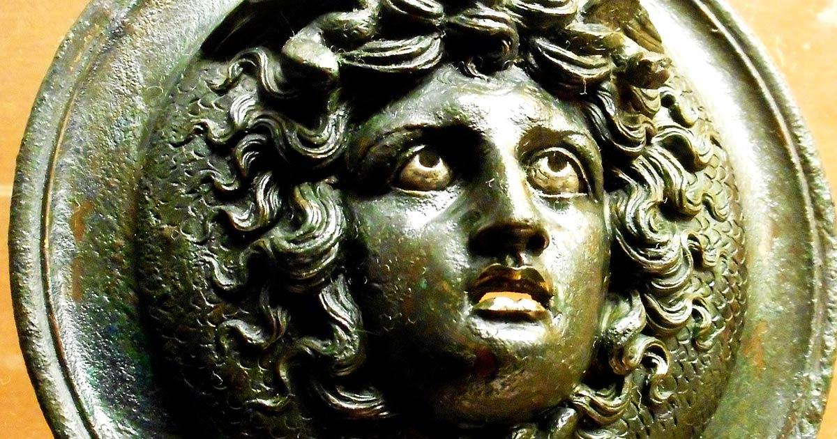 Capelli di serpente e sguardo pietrificante: il mito di ...